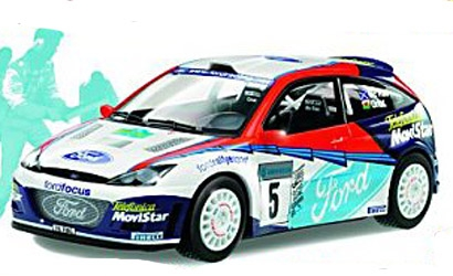 PLASTIKMODELL FORD FOCUS Carson 2001A