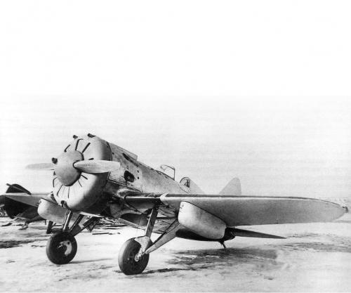 1:144 I-16 Soviet Fighter Carson 786254 500786254