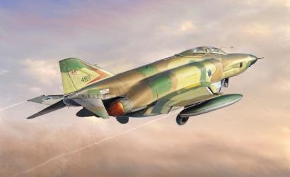 1:48 RF-4E Phantom II Carson 2737 510002737