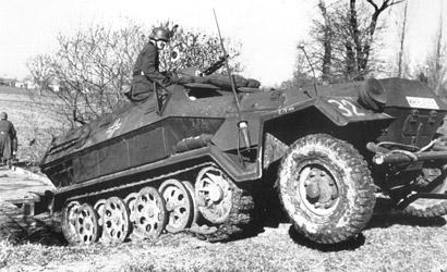 Sd.Kfz.251/1 Ausf.A 1:35 Carson 776227