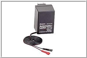 Automatik-Steckdosenlader 12P Graupner 6434