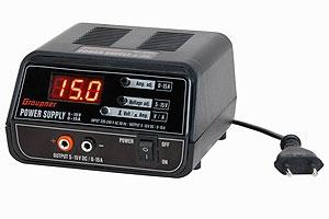 Schaltnetzteil, regelbar, ca.5-15V 0-15A Graupner 6458