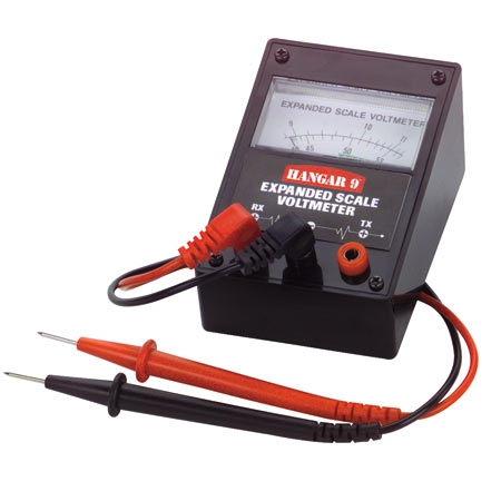 Expanded Scale Voltmeter with Leads Horizon HAN105