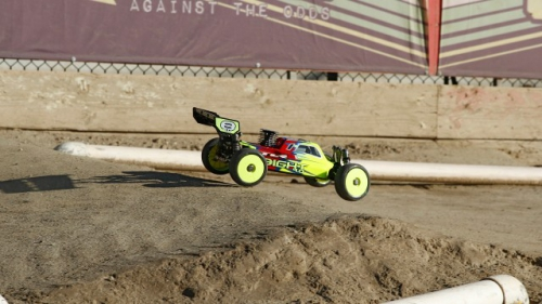 TLR 8IGHT 4.0 Race Kit: 1/8 4WD Nitro Buggy Horizon TLR04003
