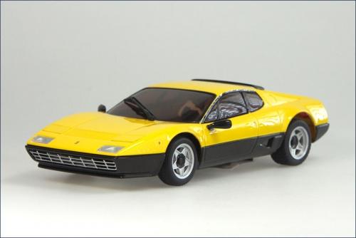 Karosse 1:24 MR-015 Ferrari 512 BB, gelb Kyosho MZG-37-Y