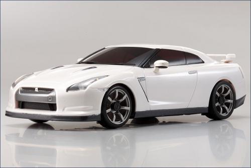 Karosse 1:24 MA-010 Nissan GT-R, weiss Kyosho MZP-411-W
