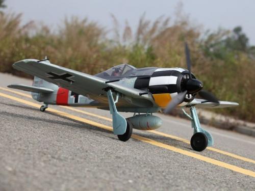 Focke Wulf FW190 PNP / 1400 m Pichler C7335
