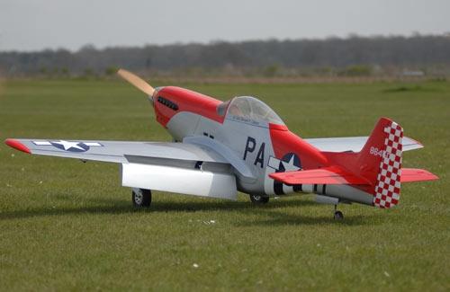 Flying Legends P-51 gebaut m. EZFW FlyingLegend Q-FL100/C