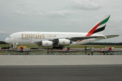 Airbus A380 Emirates Revell 06599