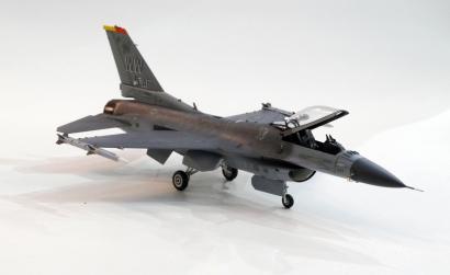 1:72 US F-16CJ Fighting Falcon Tamiya 60786 300060786