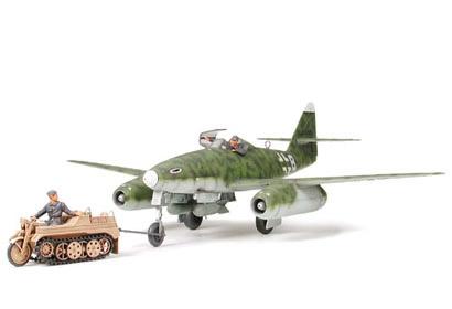 ME 262 A-2A W/KETTENKRAFTR. Tamiya 61082