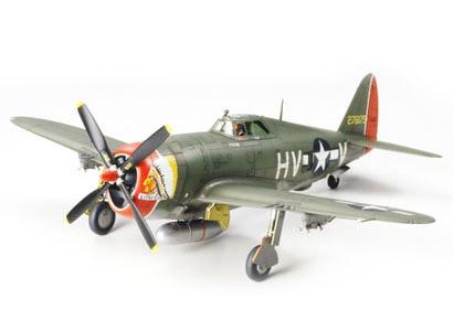 P-47 0 THUNDERBULT-RAZURBA. Tamiya 61086