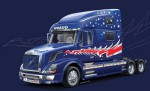 1:24 Volvo VN 780 Zugmaschine (3Achs) Carson 3892 510003892