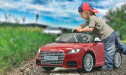 Ride-on Audi TTS Roadster rot 2,4G 6V Jamara 405040