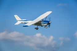 E-flite UMX Cessna 182 BNF Basic Horizon EFLU5650