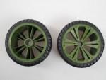 2 x Räder grün, klein (Buggy) Revell 47027